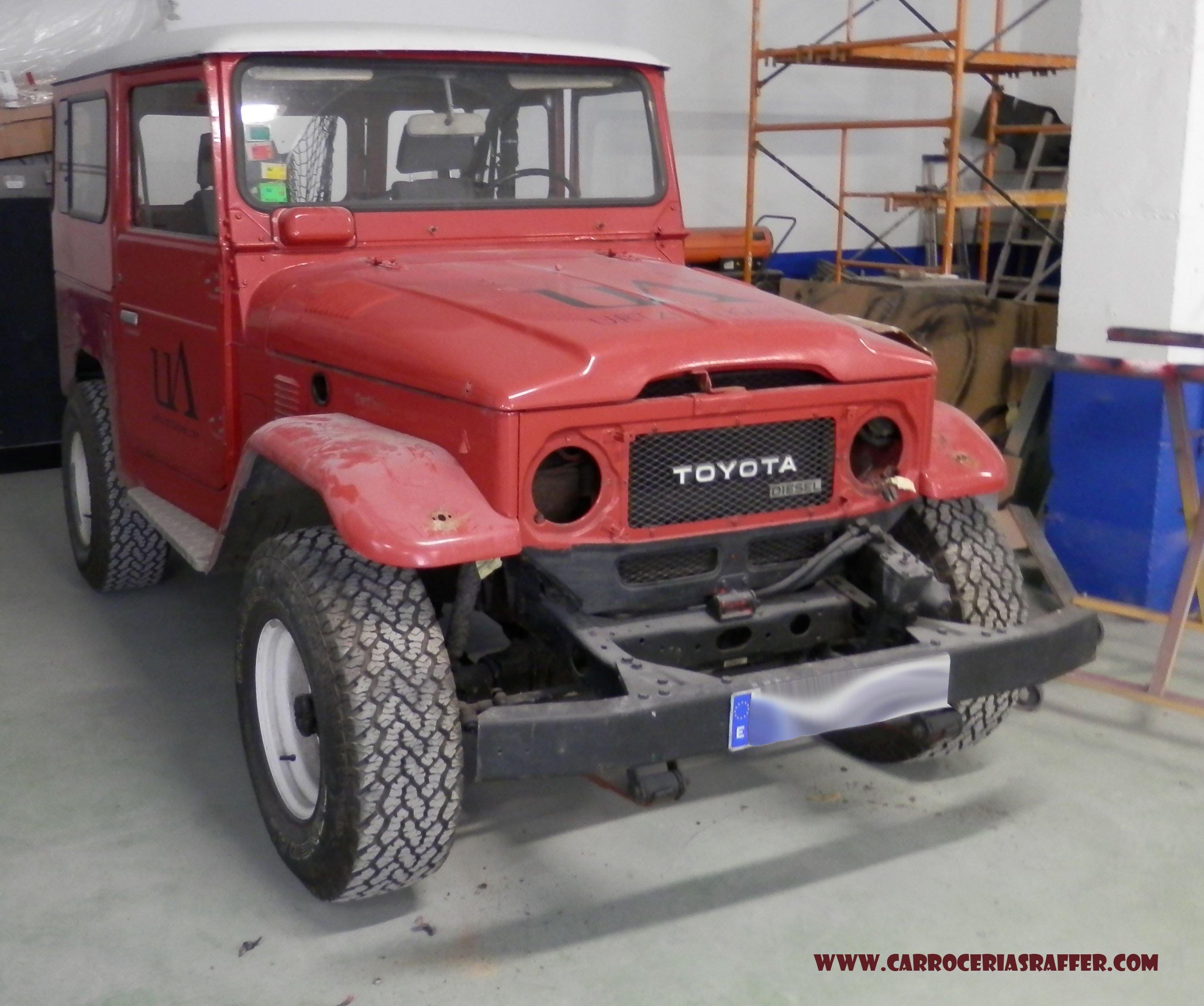 Restauración de Toyota Land Cruiser (BJ40) 2.5 TD de 1983. Reparación de la chapa. 1 de 3.