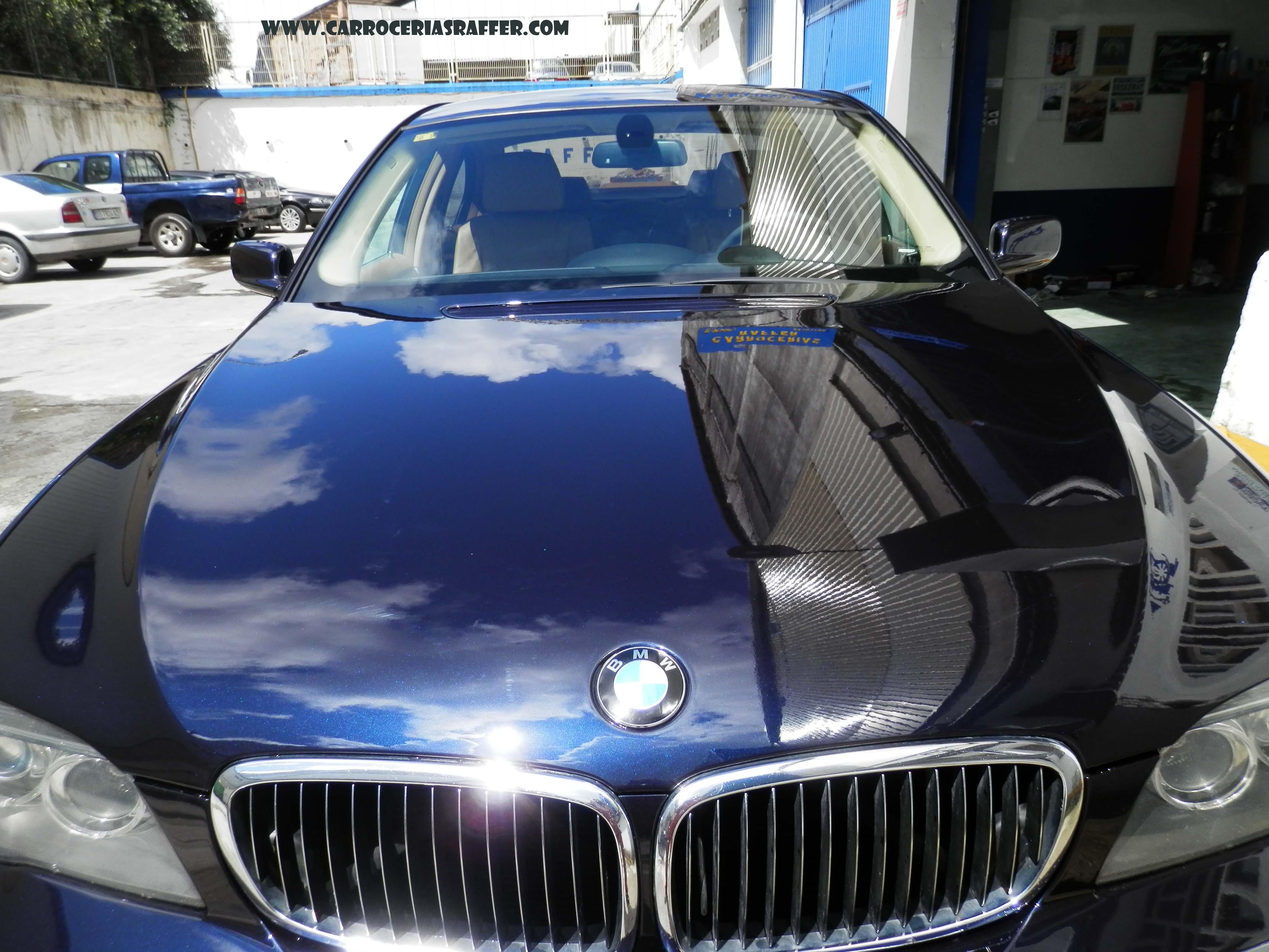 Pintamos un BMW 740i completo del año 2008.