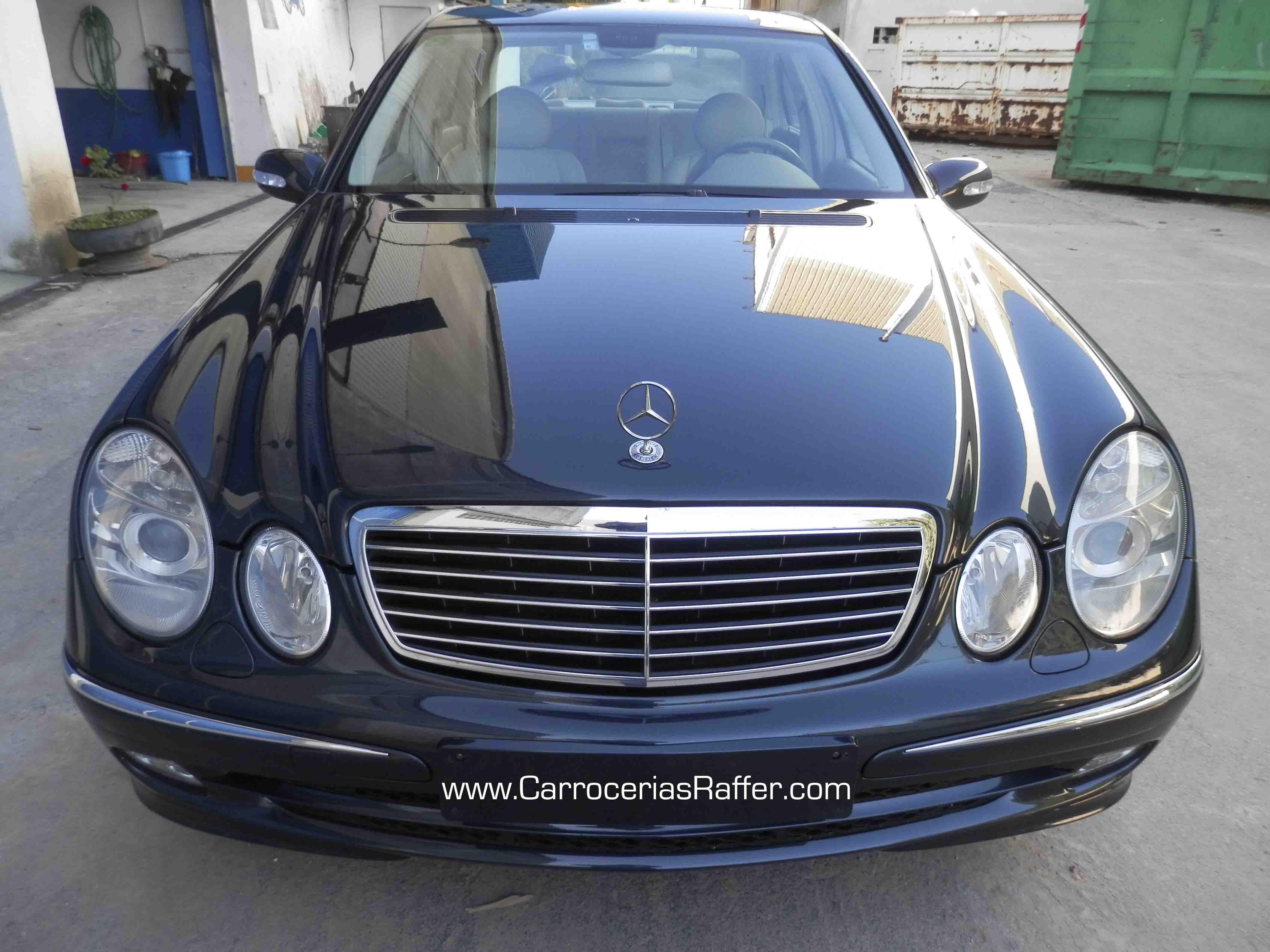 Se entrega Mercedes Clase E 240 restaurado y pintado en HD