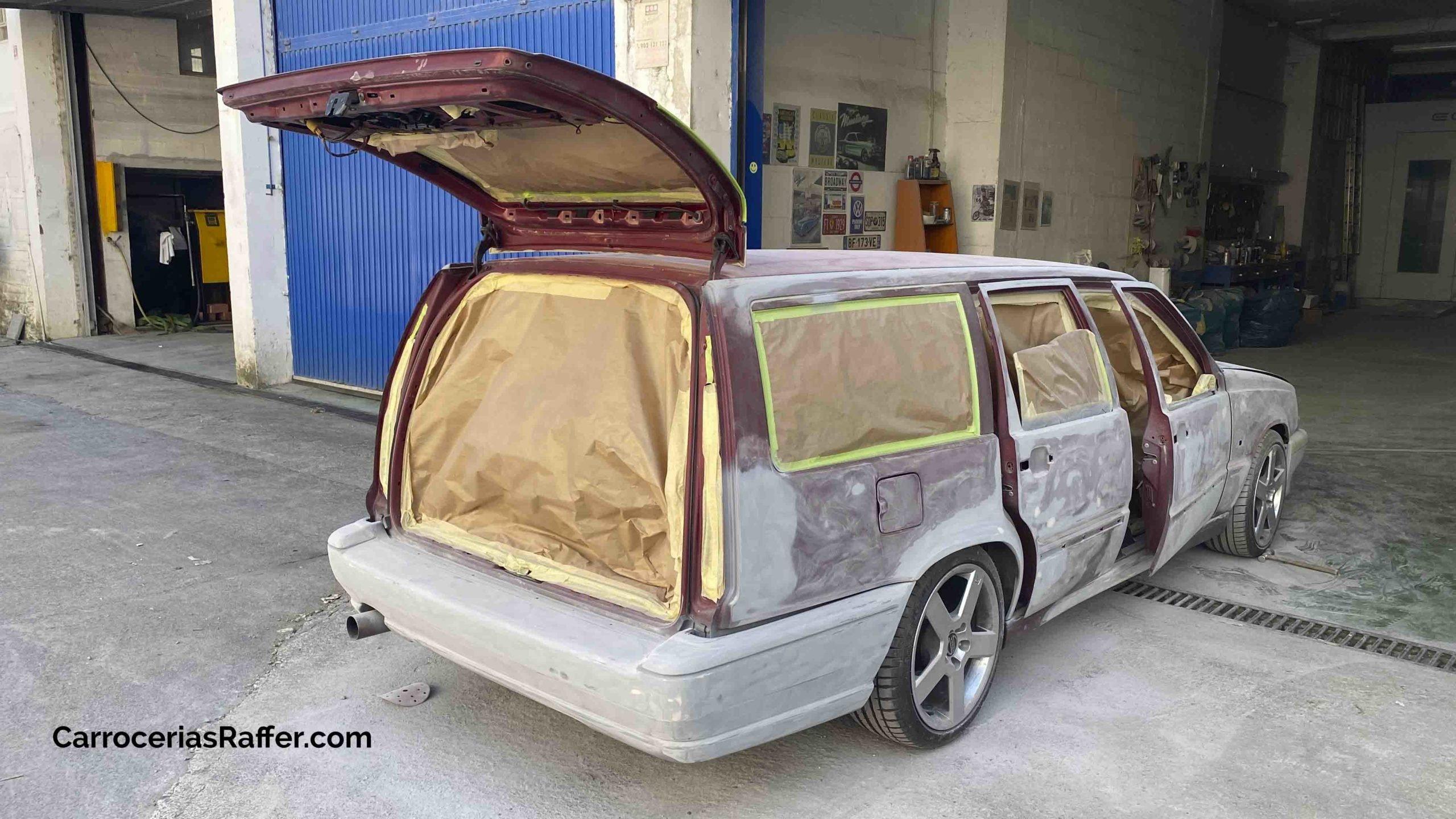 volvo 850 sw pintar coche de rojo a gris carrocerias raffer donostia hernani gipuzkoa taller de chapa y pintura4